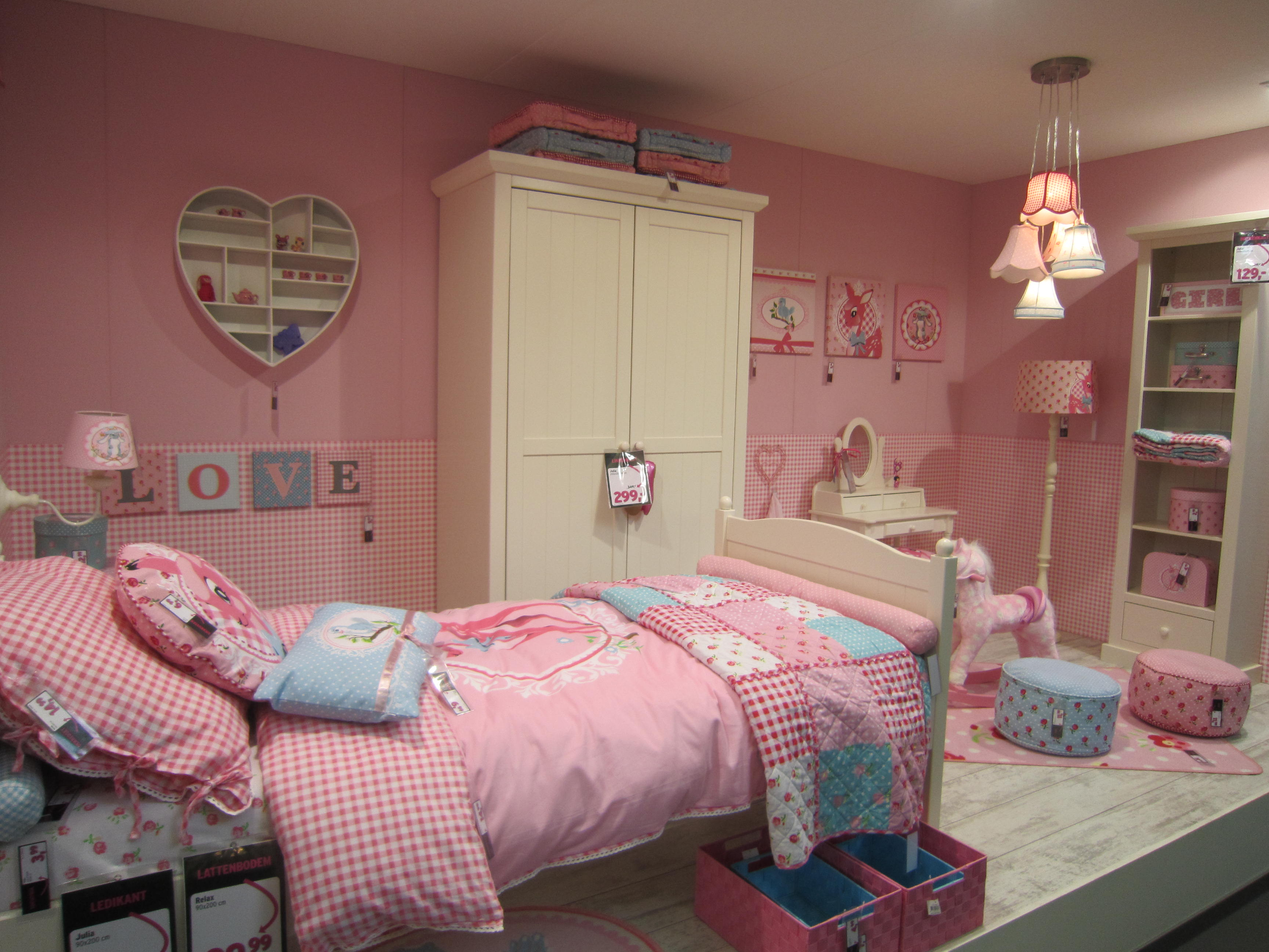 Decoratie – happy at home